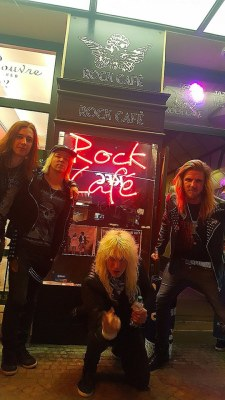 Snakebite - Rock Cafe
